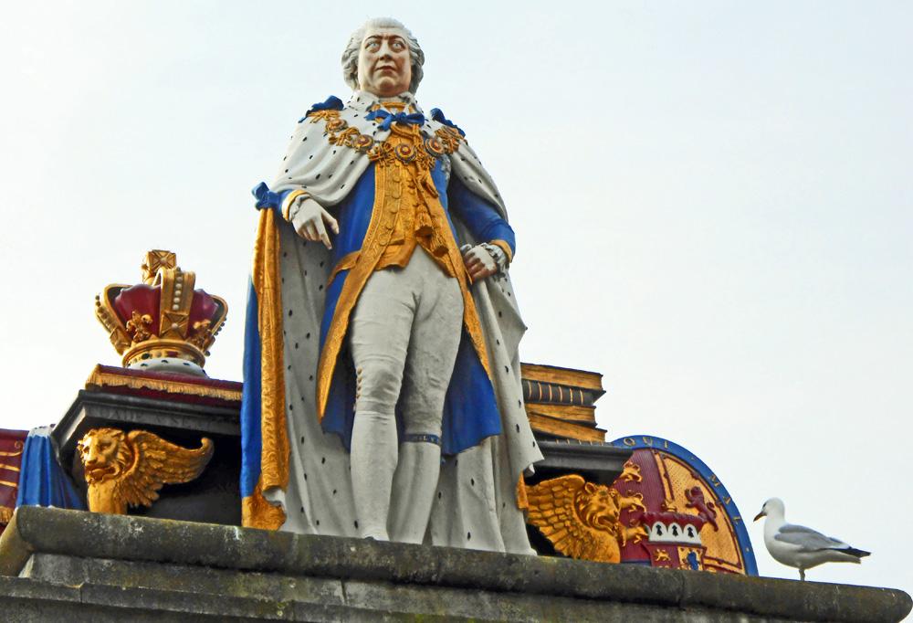 George III statue